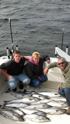 lake michigan salmon fishing door county